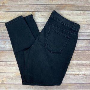 LOFT Curvy Skinny Black Ankle Zip Jeans